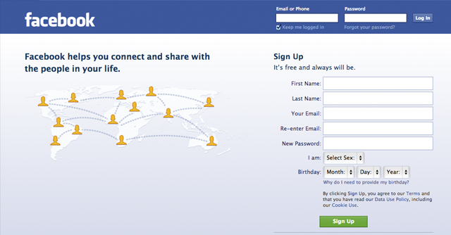 03-facebook-homepage-Flat-Design-Aesthetic-Skeumorphism-style-interface-discussion-which-better.png